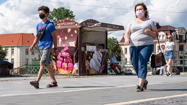 Уточнений поділ України на зони та атипова пневмонія на Львівщині – карантин 12 серпня