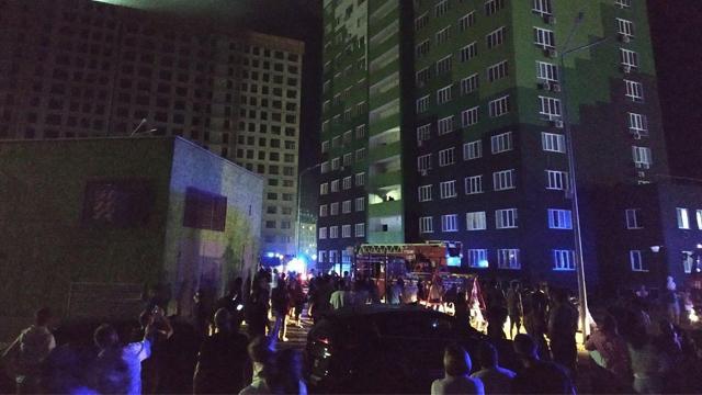 В Одесі через коротке замикання загорілася багатоповерхівка