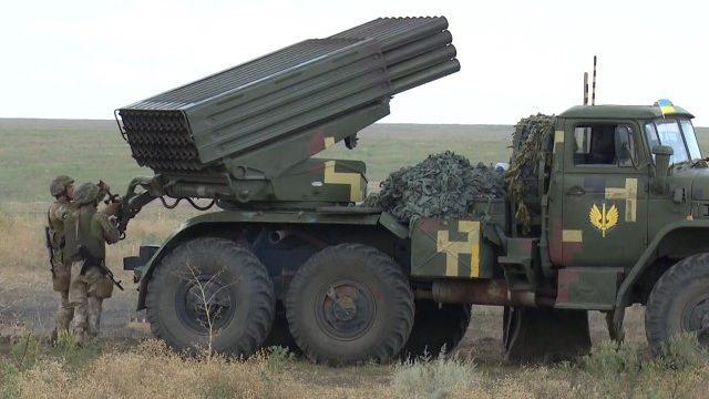 Знищити противника та укріплення: змагання артилеристів на Приазов'ї