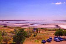 На одном из чудес Украины — Розовом озере — установили онлайн веб-камеру