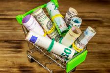 Ситуация напряженная: сколько будет стоить доллар в ноябре