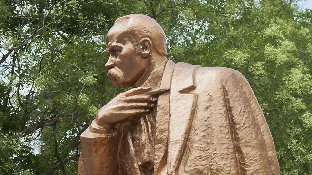 Національний рекорд: МЗС підрахувало кількість пам'ятників Тарасу Шевченку за кордоном