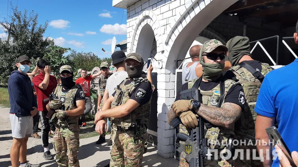 На Харківщині виникла сутичка біля поселення ромів