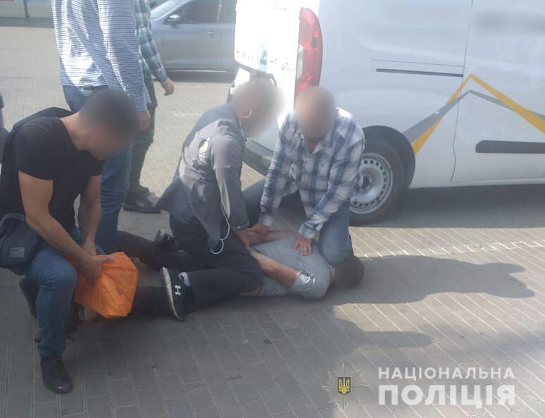 Хотів помститися колишній дружині: на Донеччині попередили замовне вбивство