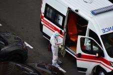 Люди телефонують і задихаються: у Миколаєві сімейні лікарі відмовляють хворим на Covid-19