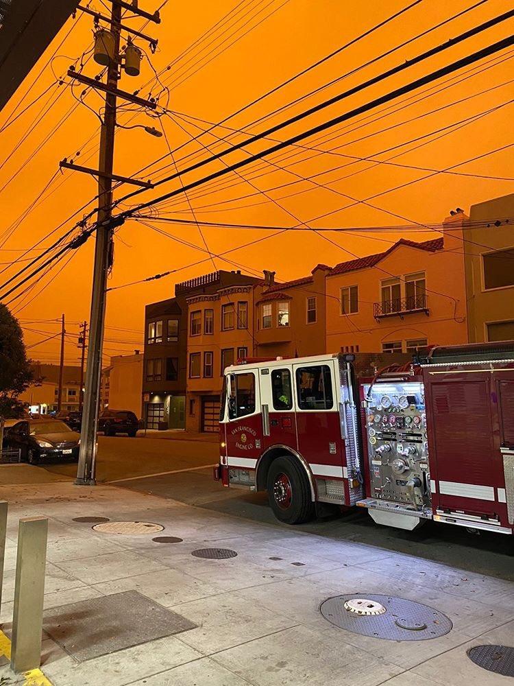 Пожежі в США: Сан-Франциско накрило їдким димом (ФОТО)