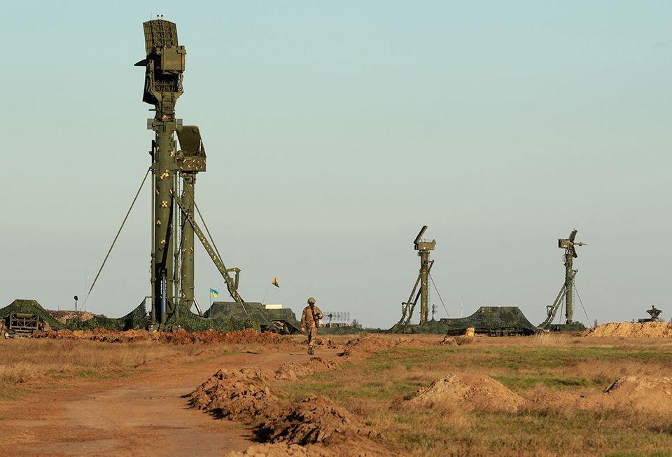 Надежный отпор: Минобороны показало тренировки подразделений зенитных ракетных войск