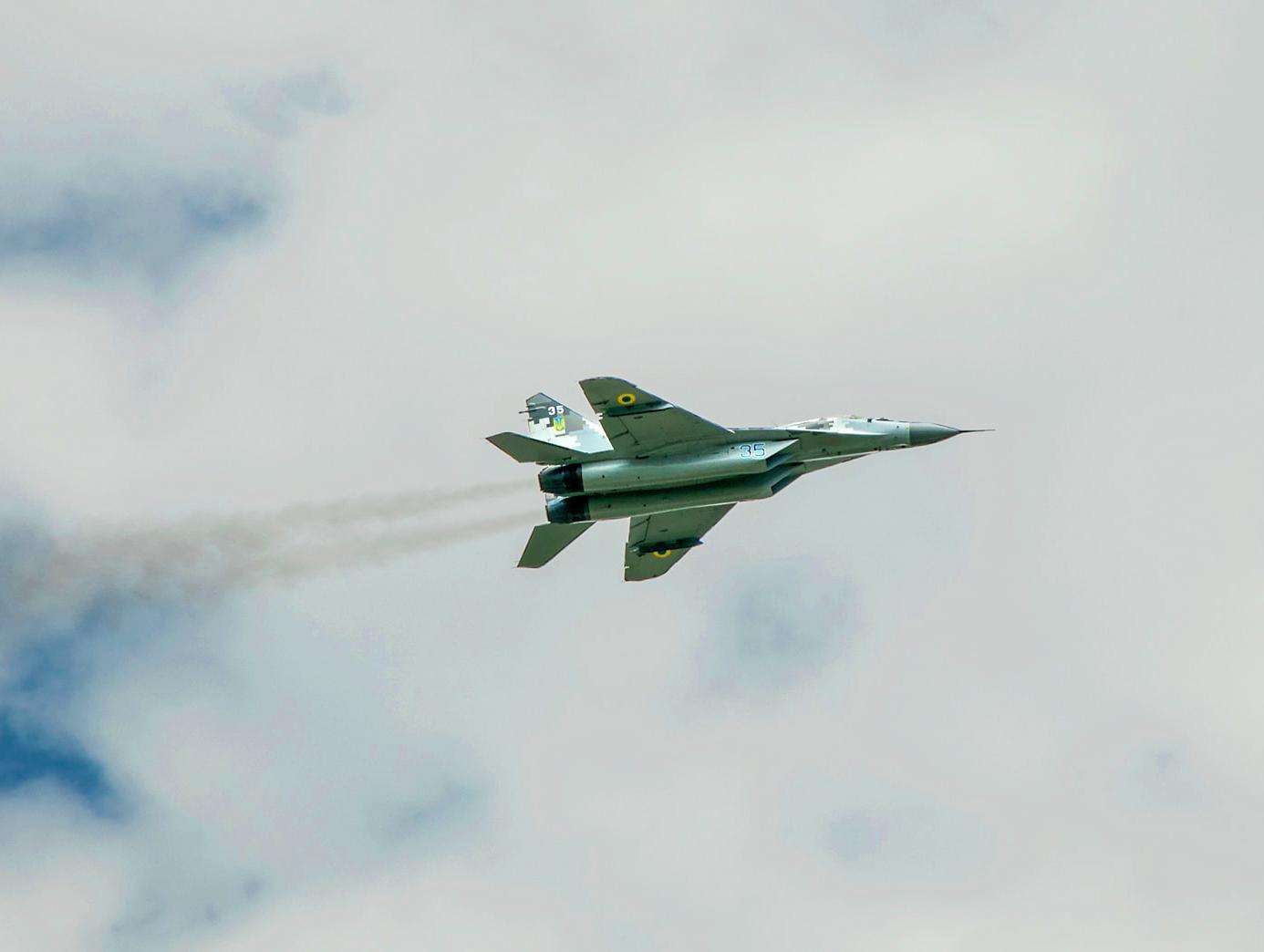 Міноборони показало тренування зенітних ракетних військ (ФОТО)