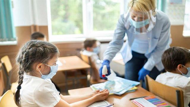Навчання під час пандемії: чи готові школи та як довго це протриває
