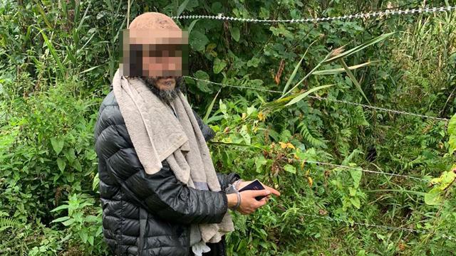 Хасиду заборонили вїзд в Україну на 5 років за незаконний перетин кордону