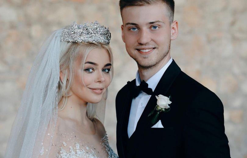 Аліна Гросу розлучилася зі своїм чоловіком Олександром Комковим