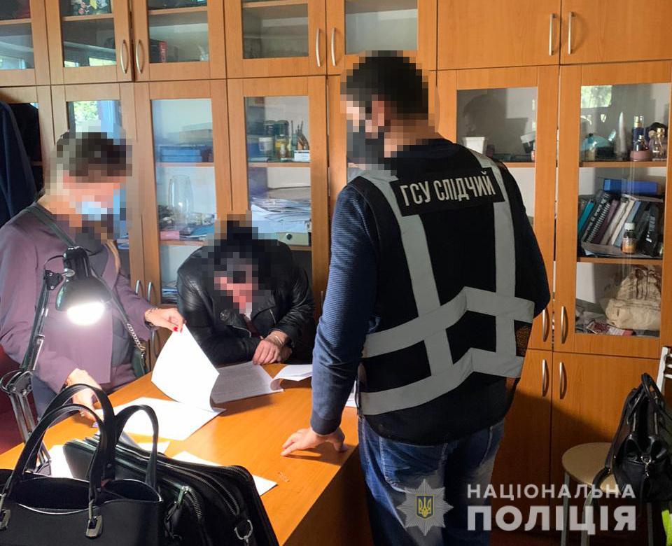 Привласнили 20 млн грн: поліція викрила розкрадання коштів на будівництві тенісного центру