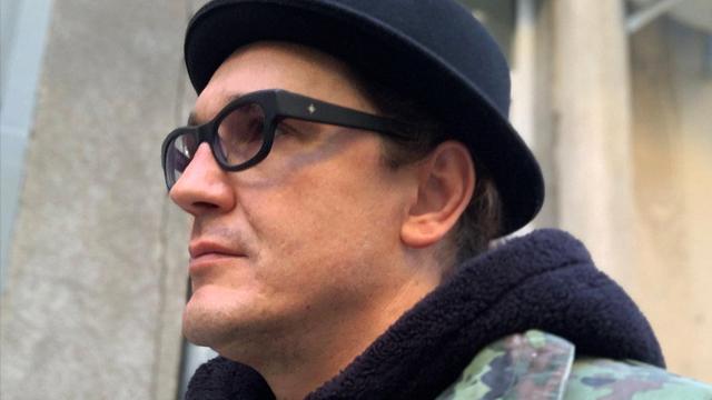 Домбровського, що порізав собі горло у суді, зареєстровано кандидатом у мери Одеси