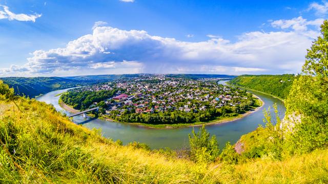 День Туризму: куди поїхати в Україні
