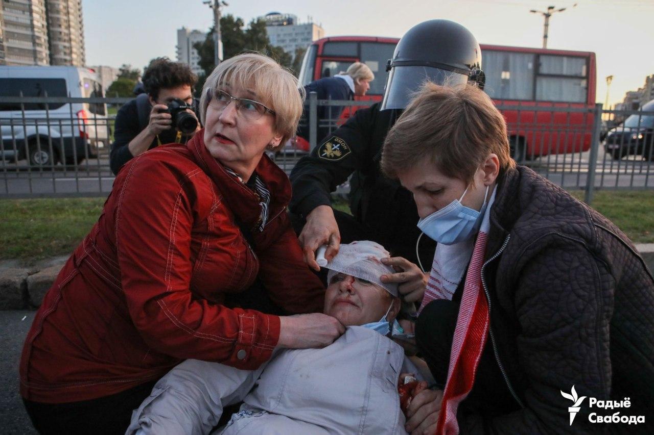 Протести у Білорусі: міліція жорстко затримує учасників