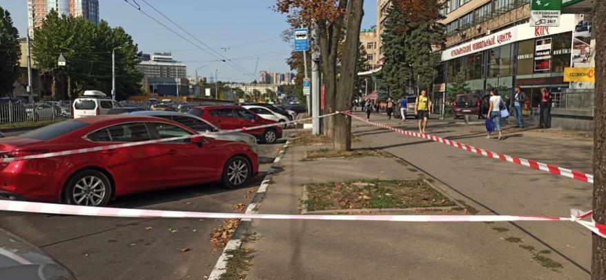 У Харкові грабіжники поранили жінку і викрали її авто: оголошено операцію Сирена