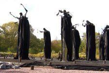 Голос Бабиного Яру: чим унікальна нова інсталяція в Меморіальному центрі