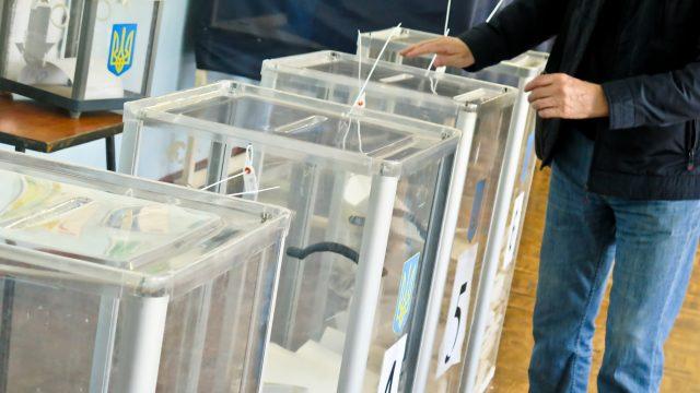 Результати виборів у Дніпрі: програми зависають, опрацьовано 15% протоколів