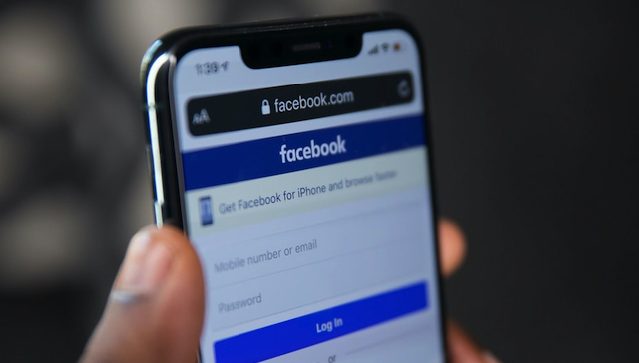 Хакери злили у мережу особисті дані понад 500 млн користувачів Facebook