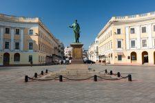 Жуков і Чапаєв на мапі: навіщо в Одесі і Харкові хочуть перейменувати вулиці