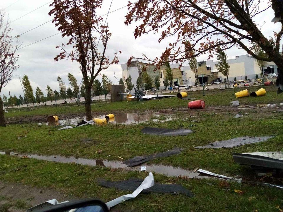Непогода в Кропивницком и Николаевской области оставила без крыши более 100 зданий