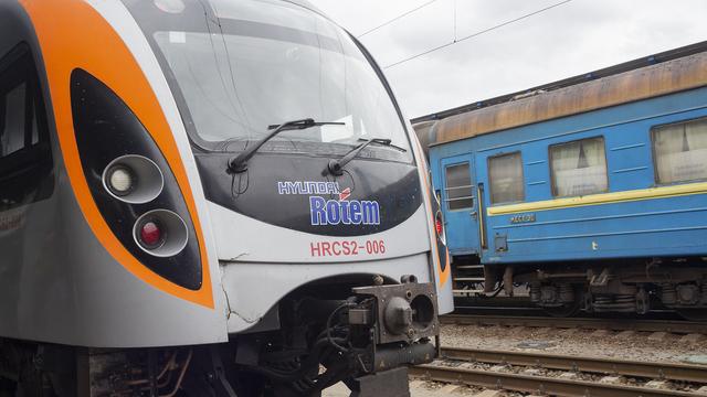 Укрзалізниця назвала причину аварії Інтерсіті на Дніпропетровщині
