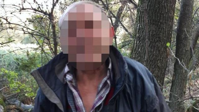 У Києві чоловік вдарив безхатька ножем у груди