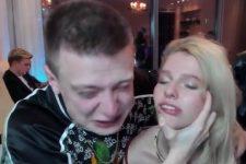Стример Мелстрой в прямом эфире ударил лицом об стол Алену Ефремову (18+)