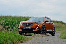 Тест-драйв Peugeot 2008: гаджет на колесах?