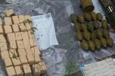 Вибухівка і гранатомети: на кордоні з Білоруссю знайшли схрон зброї