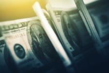 НБУ знову послабив гривню: курс валют на 26 жовтня