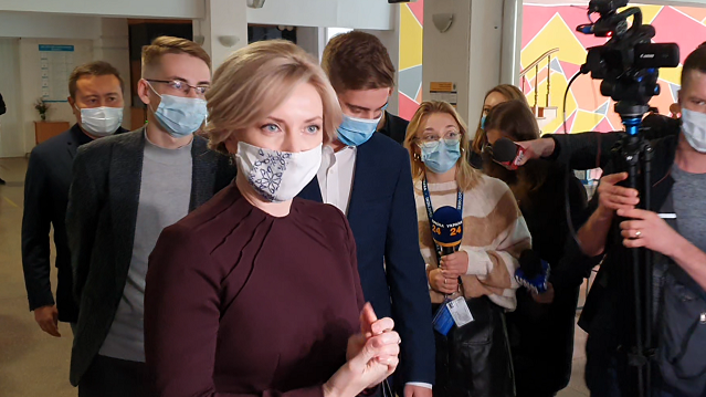 Зеленський, Шмигаль і Разумков: як голосують політики на виборах 2020