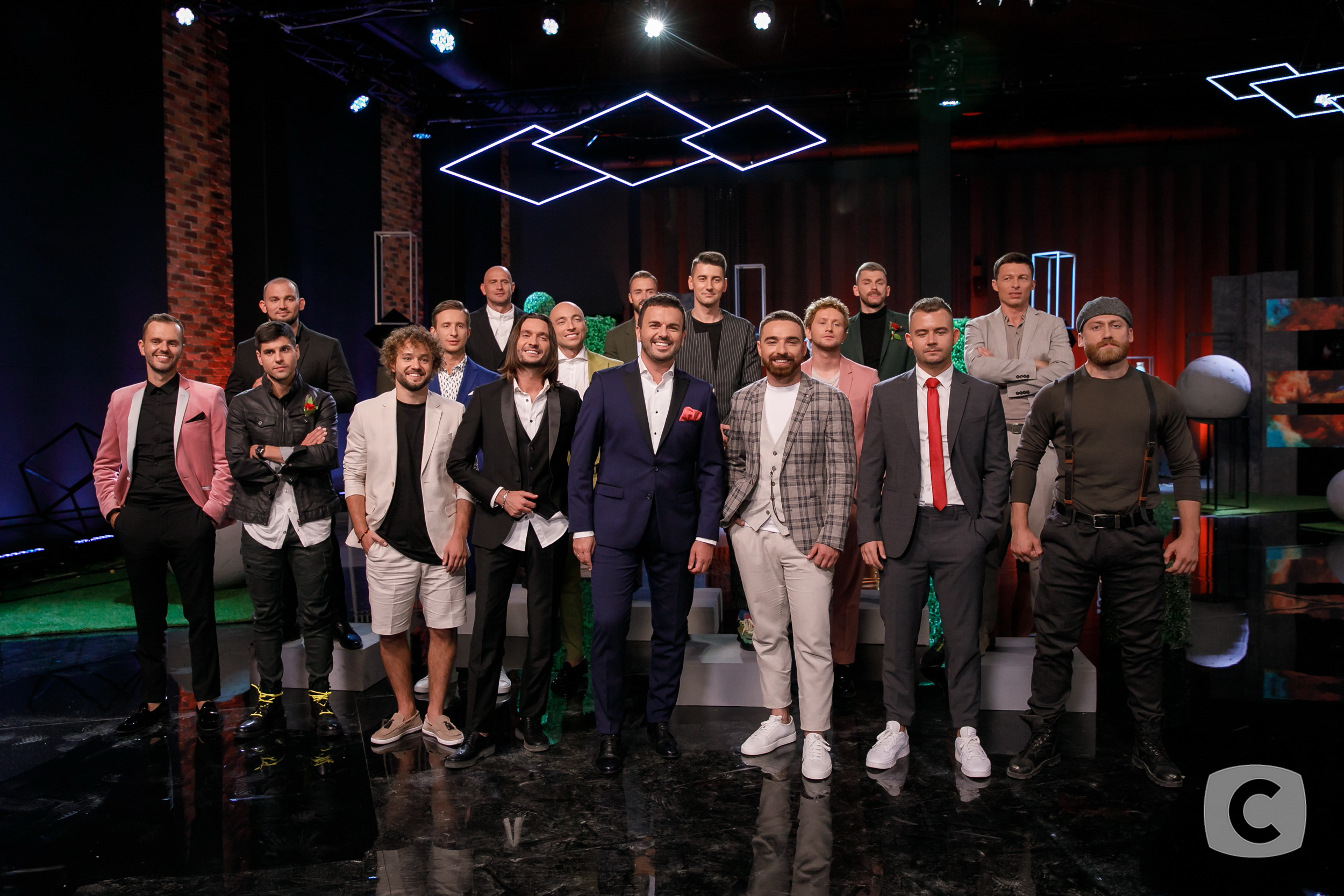 Шоу Холостячка на СТБ – що лишилося за кадром (ФОТО)