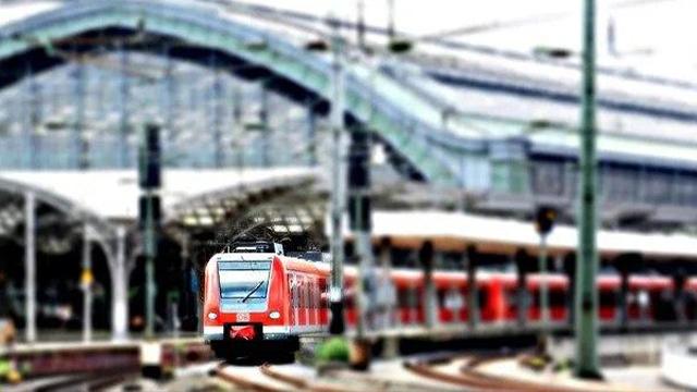 День залізничника – привітання в СМС