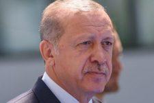 У Туреччині довічно засудили понад 300 противників Ердогана