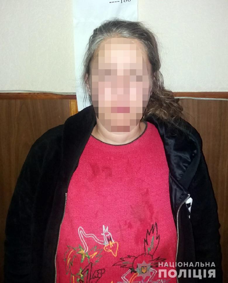 Алкоголь та ревнощі: у Києві жінка порізала свого знайомого
