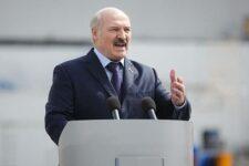 Буде болюча відповідь: Лукашенко закликав Захід зняти санкції та почати співпрацю