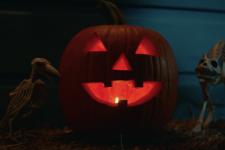 Хеллоуин убивает — вышел новый тизер легендарного хоррора