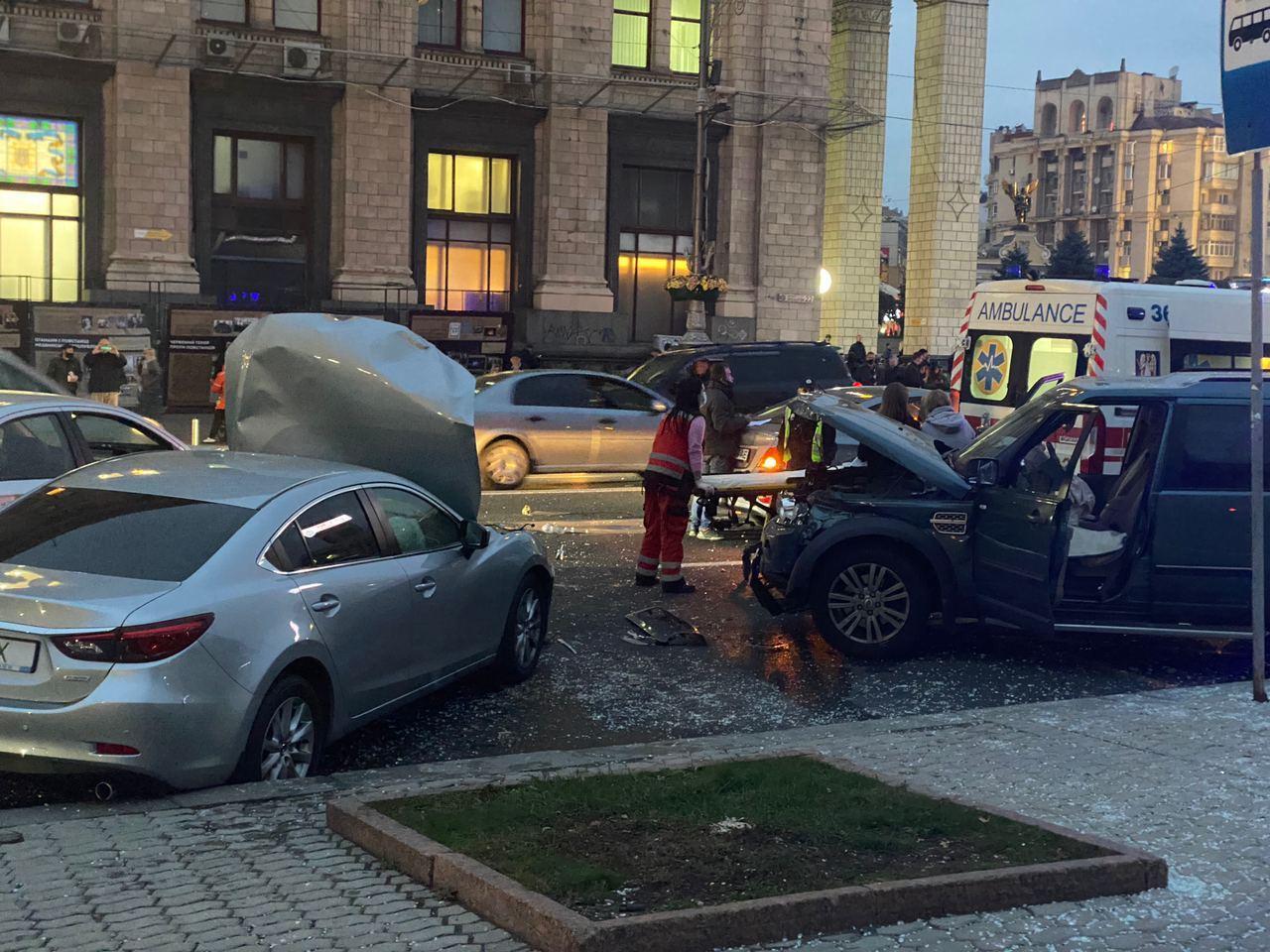 Причина ДТП на Майдані Незалежності у Києві
