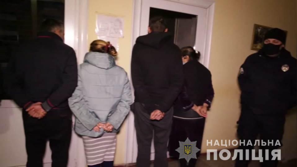 Змусив продати квартиру і задушив: на Київщині чоловік вбив матір-одиначку