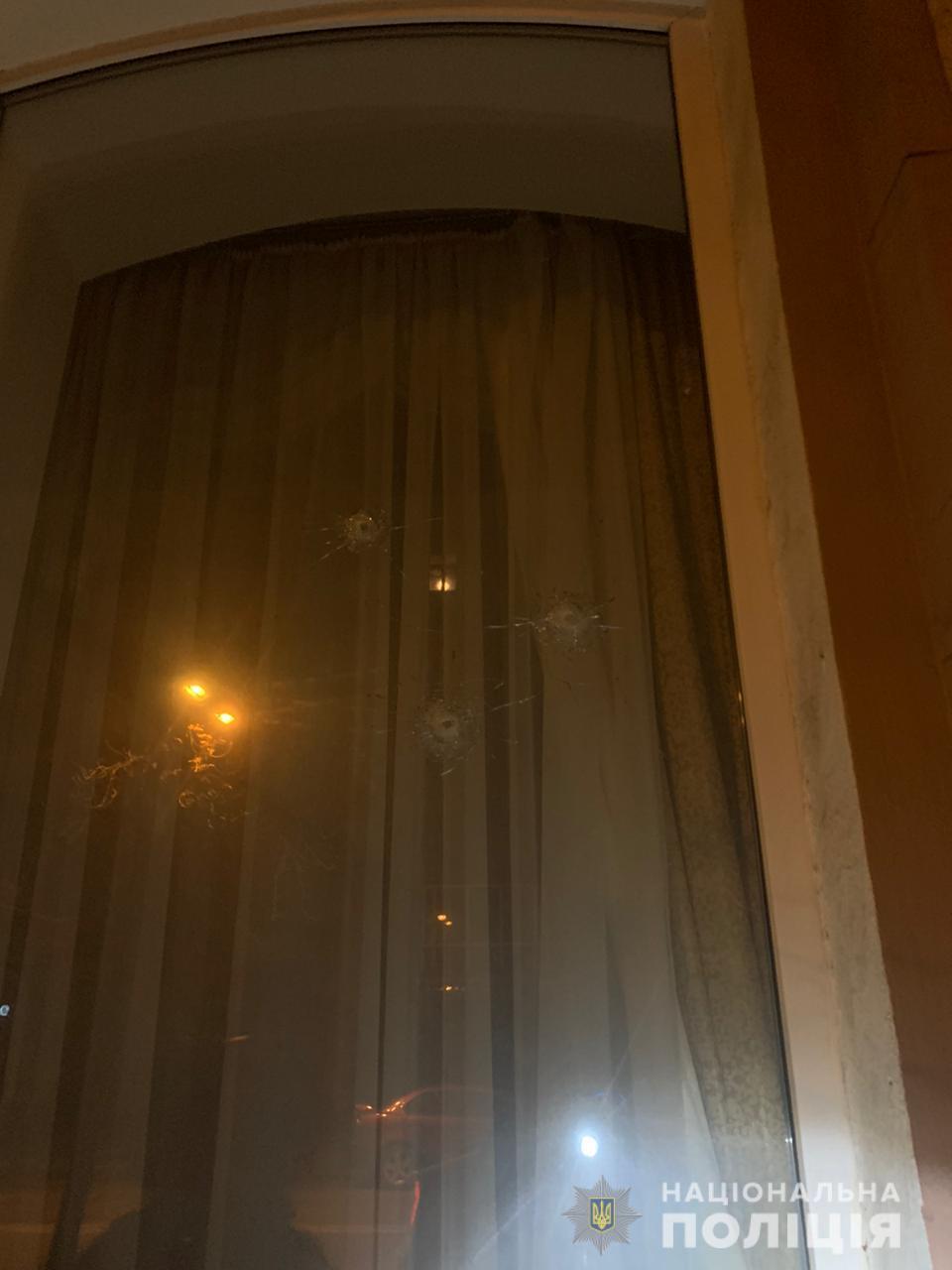 У Харкові вночі обстріляли консульство Азербайджану