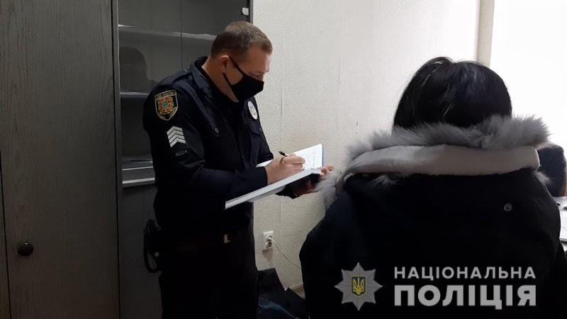 В Одесі жінка вкрала таксі та втрапила на ньому у ДТП