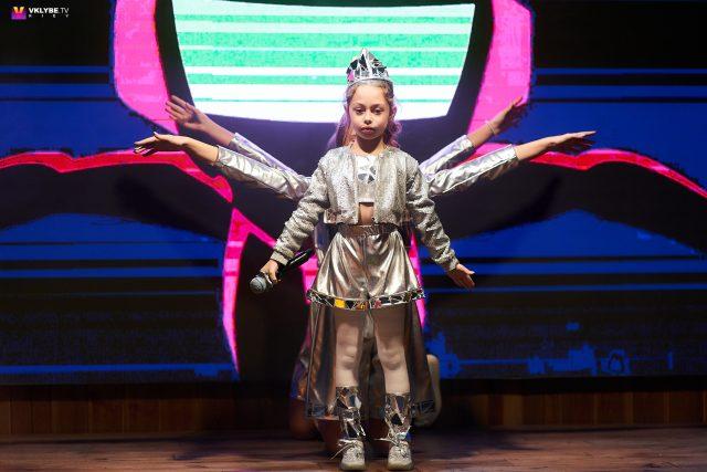 Зіркова хвороба – не вирок: чи варто дітям йти у шоу-бізнес