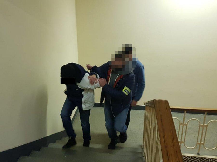 У Польщі затримали двох українців за крадіжку з банкомату