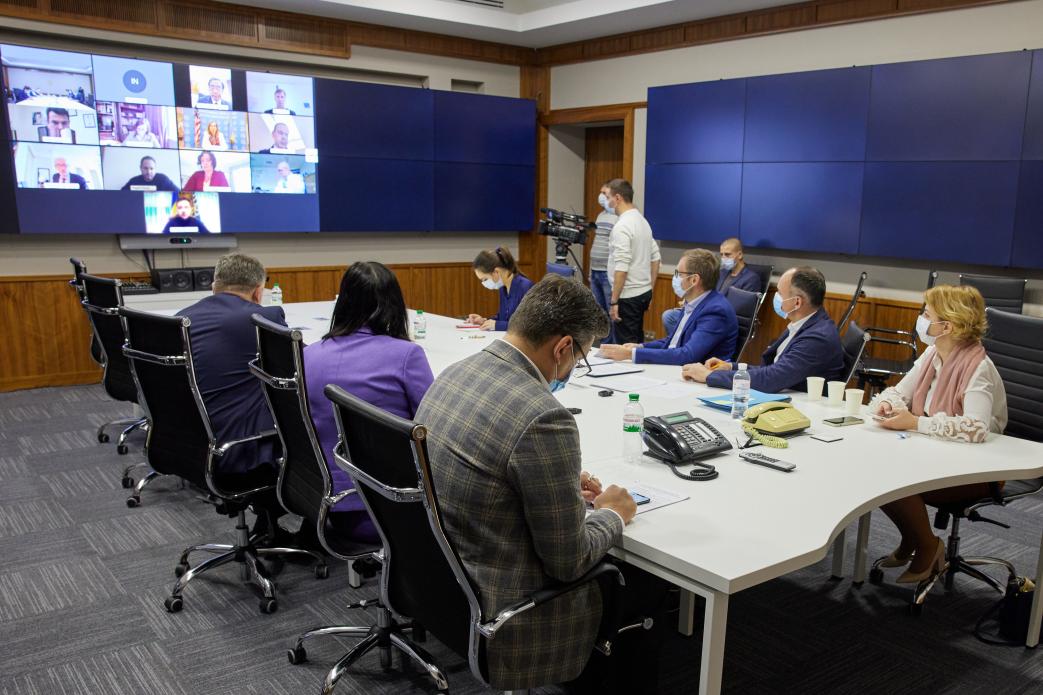 Голова НАБУ гарантовано залишиться на посаді попри рішення КСУ – Зеленський