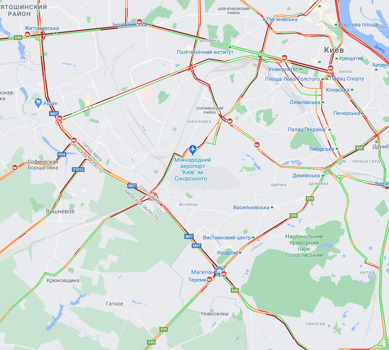 Перед выходными: Киев остановился в 8-балльных пробках (КАРТА)