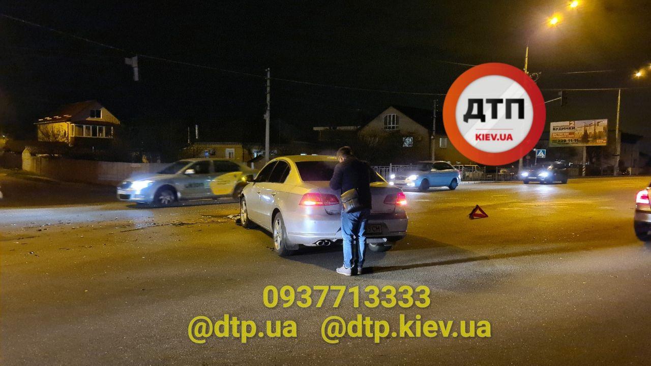 ДТП у Броварах: зіткнулися два легковики