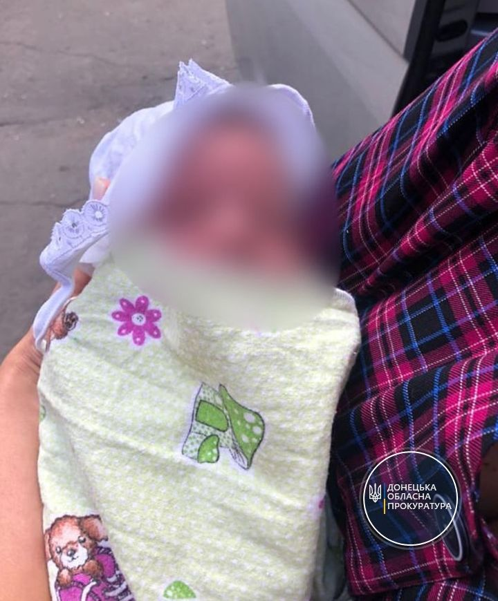 У Маріуполі засудили жінку за продаж своєї дитини