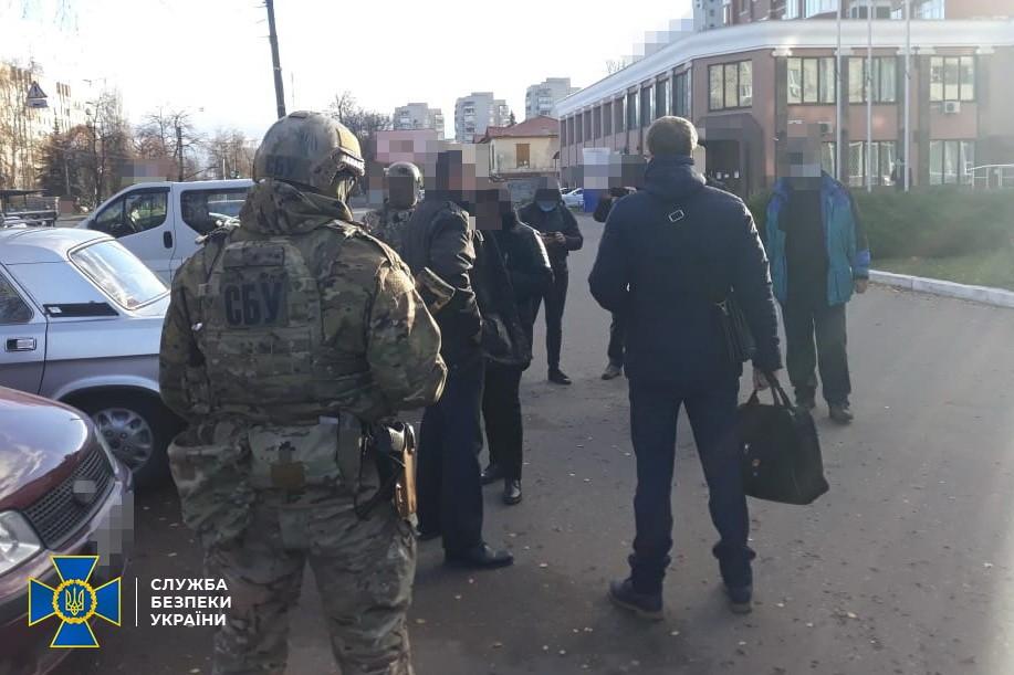 У Чернігові затримали іноземця, якого підозрюють у співпраці зі спецслужбами РФ