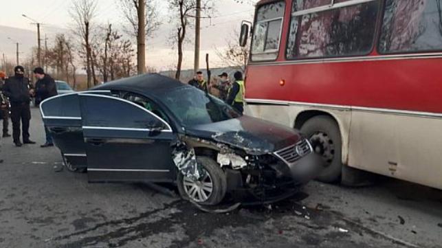 ДТП у Кривому Розі: загинула одна людина, ще двоє постраждало